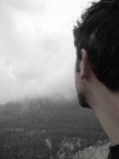 man-looking-into-mountain-haze-flipped